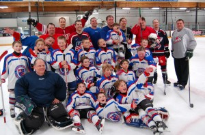 The team photo after the game shows just how much fun the kids and parents all had playing together!